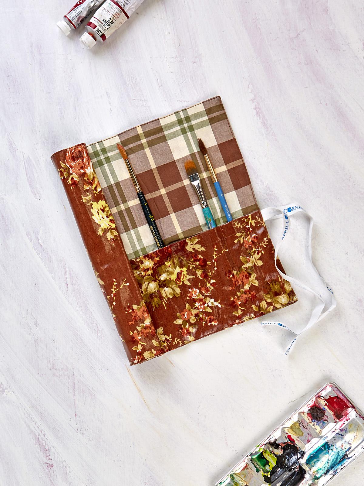 Cottage Rose Oil Cloth Paintbrush Wrap