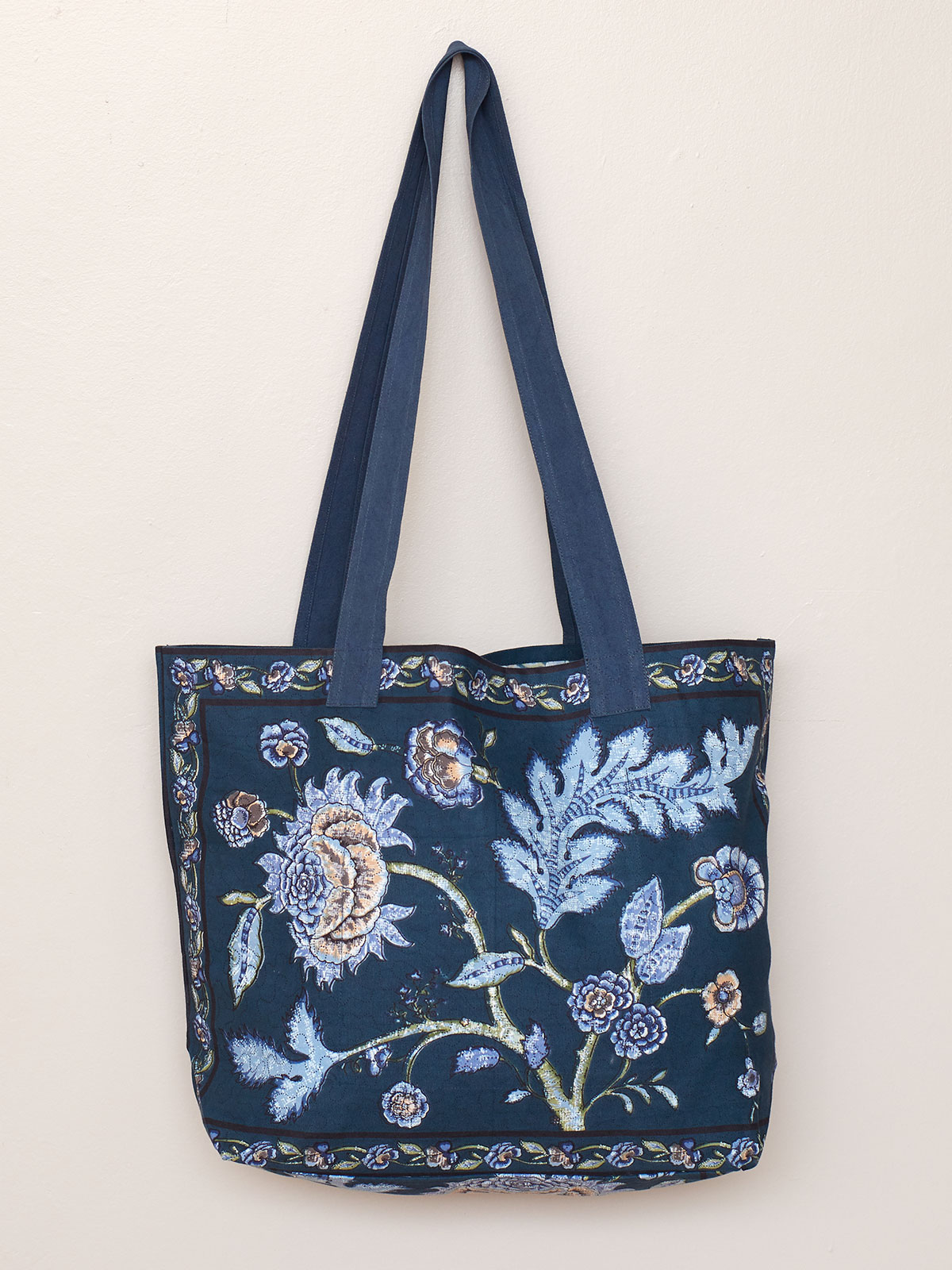 Jacobean Garden Market Bag