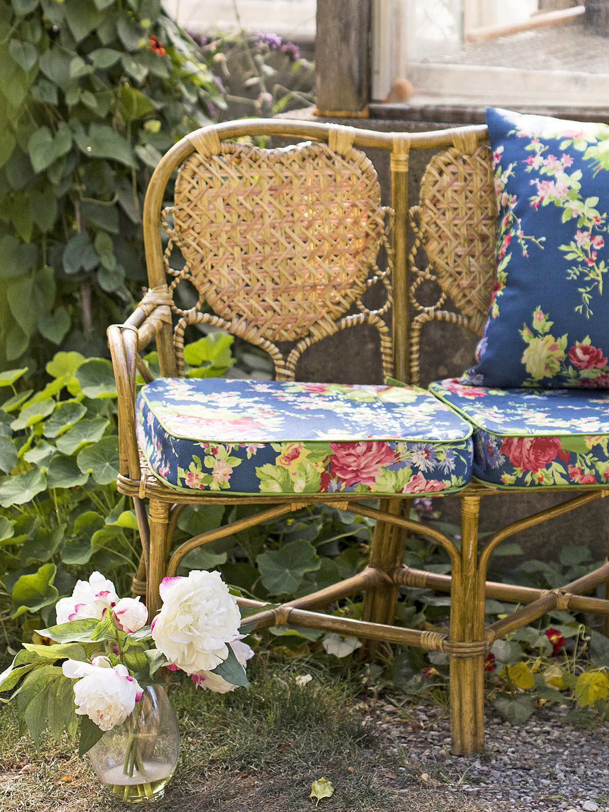 Cottage Rose Outdoor Chair Cushion