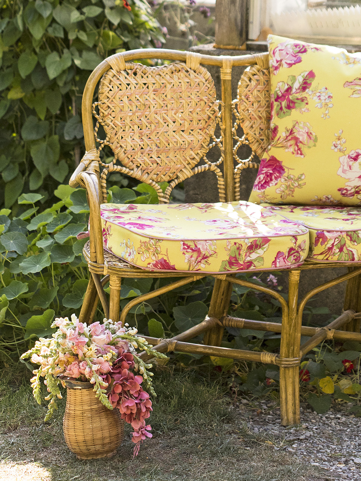 Victorian Rose Outdoor Chair Cushion