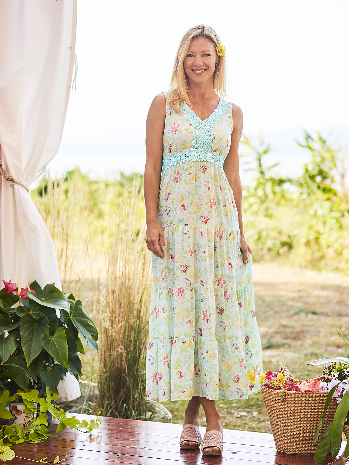 Virginia Hostess Dress