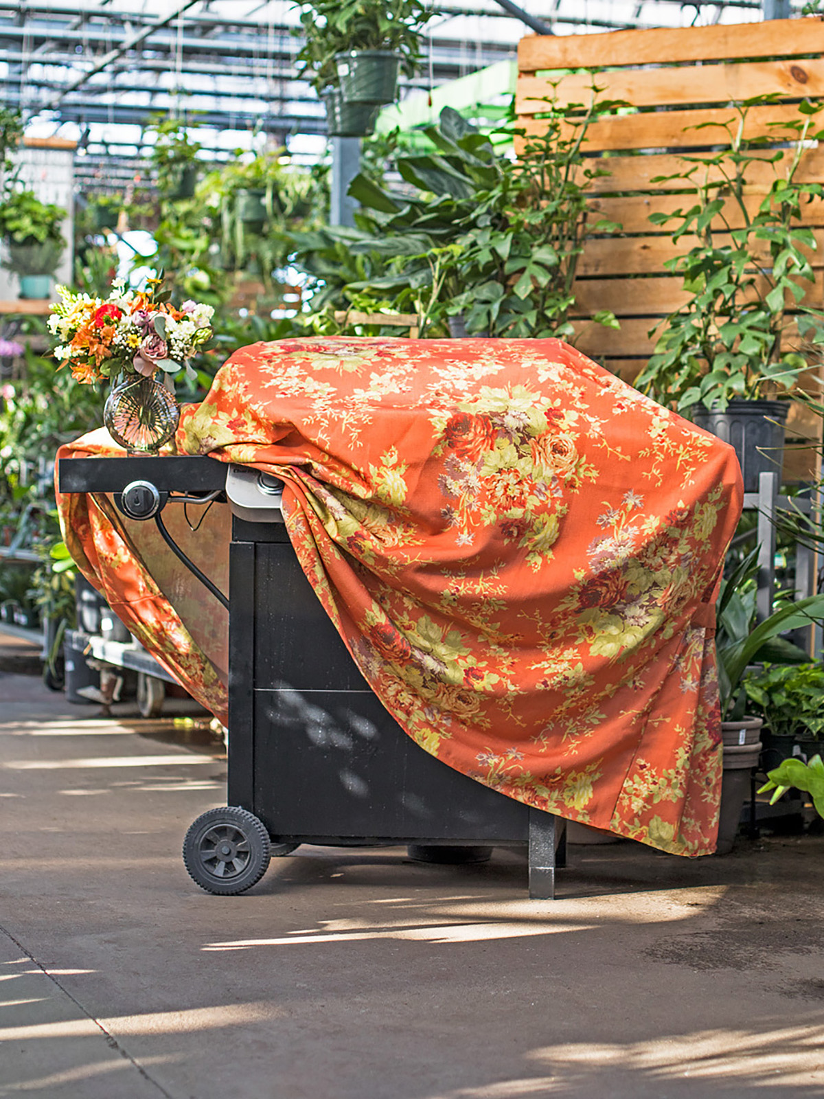 Cottage Rose Outdoor Grill Cover