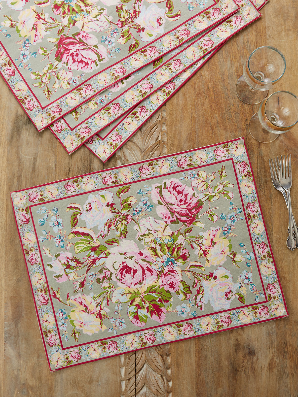 Victorian Rose Placemat Set of 4