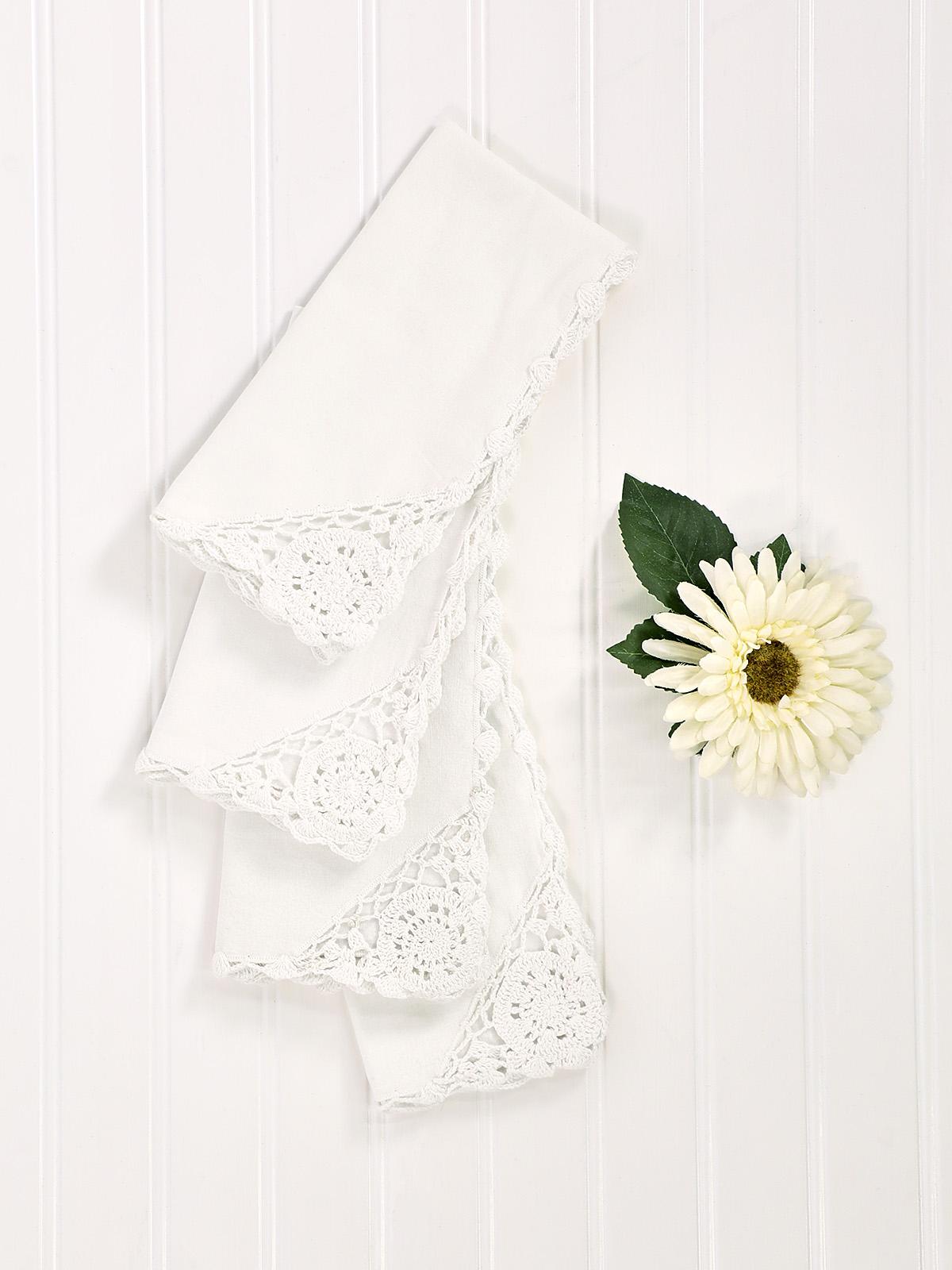Cora's Crochet Trim Napkins Set of 6 - White