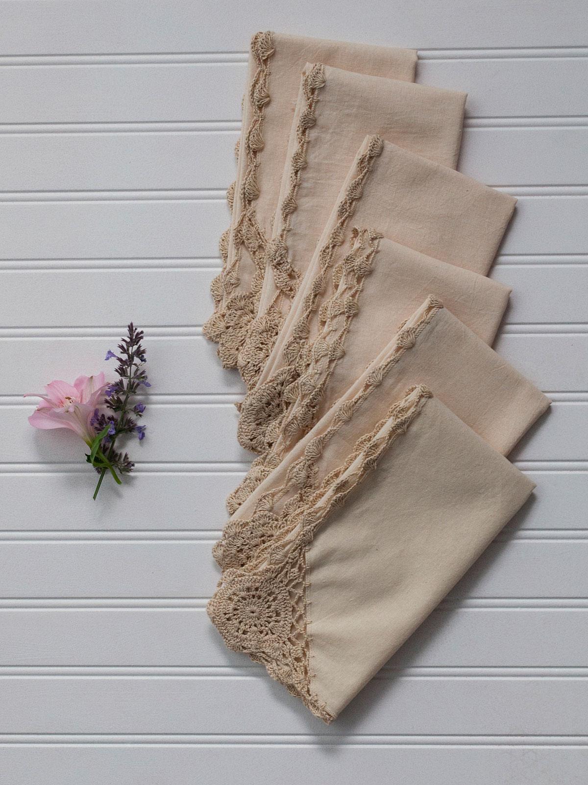 Cora's Crochet Trim Napkins Set of 6 - Antique