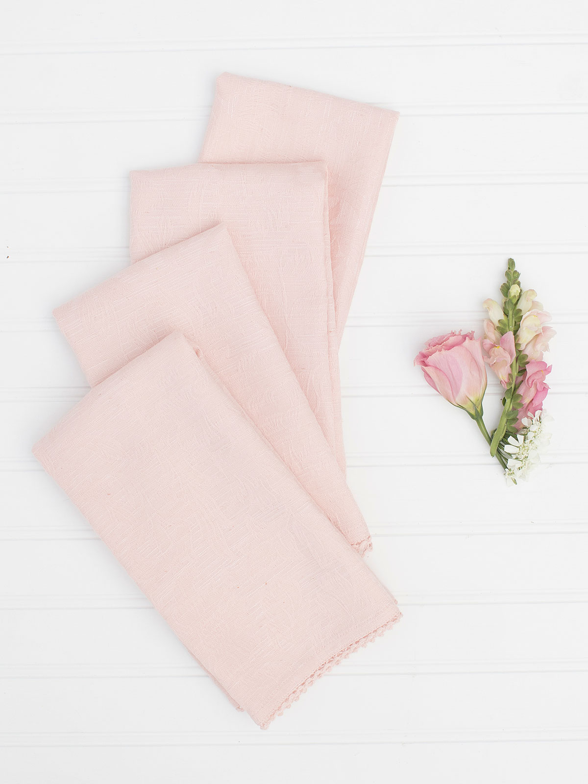 Luxurious Linen Jacquard Napkin Set of 4 - Soft Rose