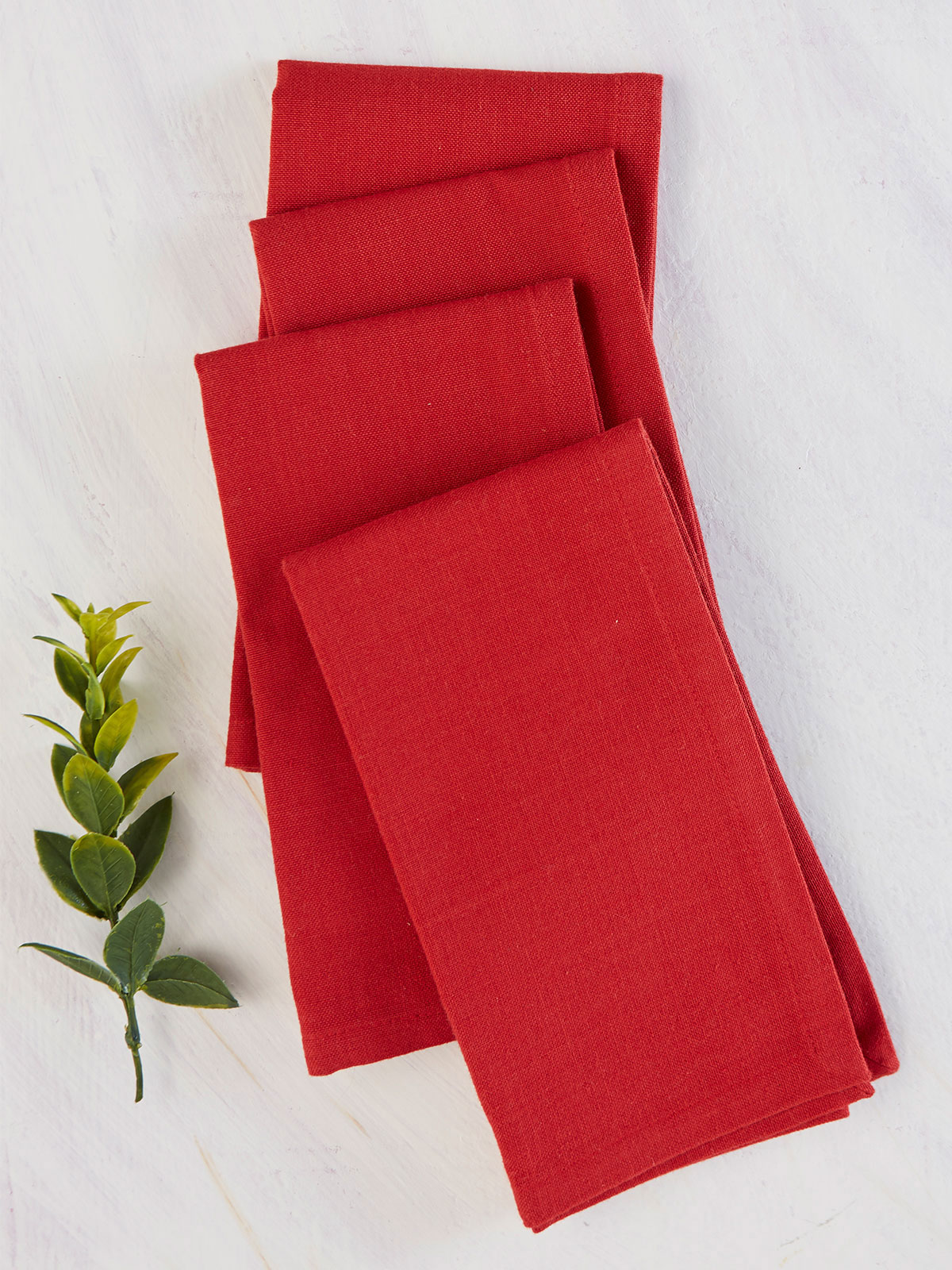 Hemmed Essential Napkin Set of 4 - Red