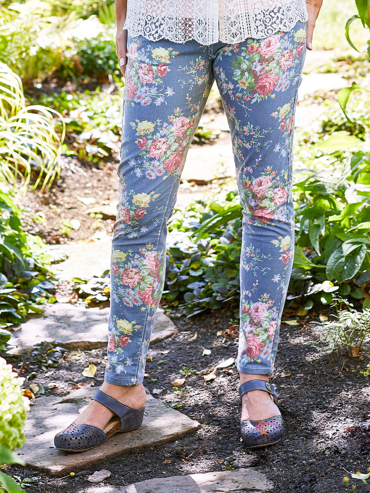 Cottage Rose Floral Printed Jeans