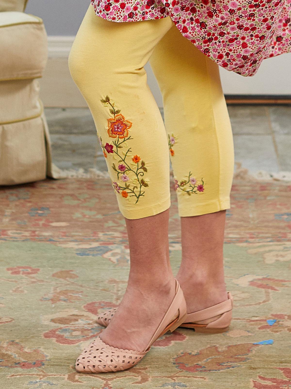 Tapestry Capri Legging