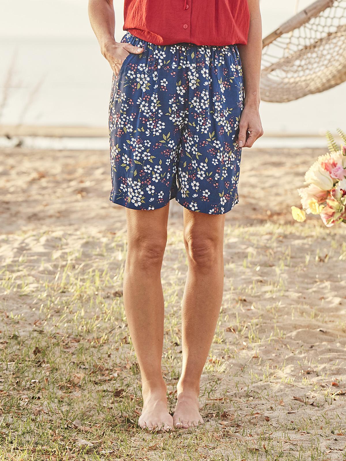 Fair Flower Shorts
