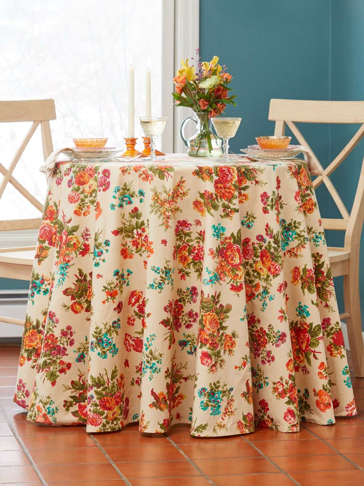 Artist Garden Round Tablecloth