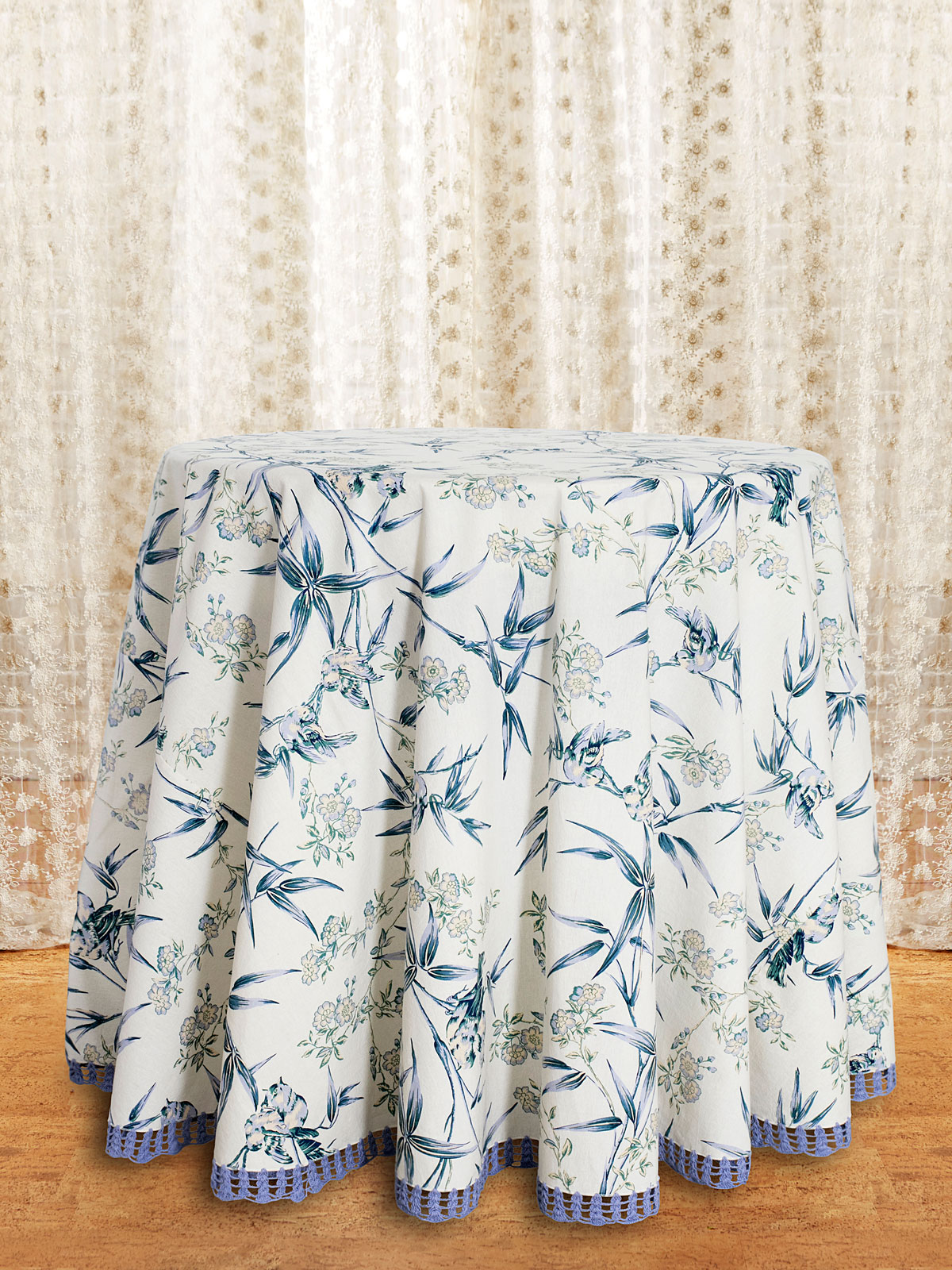 Bamboo Garden Round Tablecloth