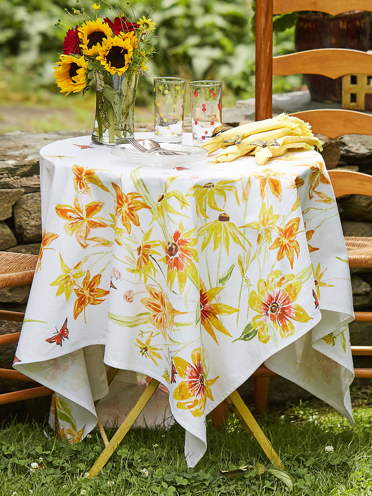 Black Eyed Susan Tablecloth