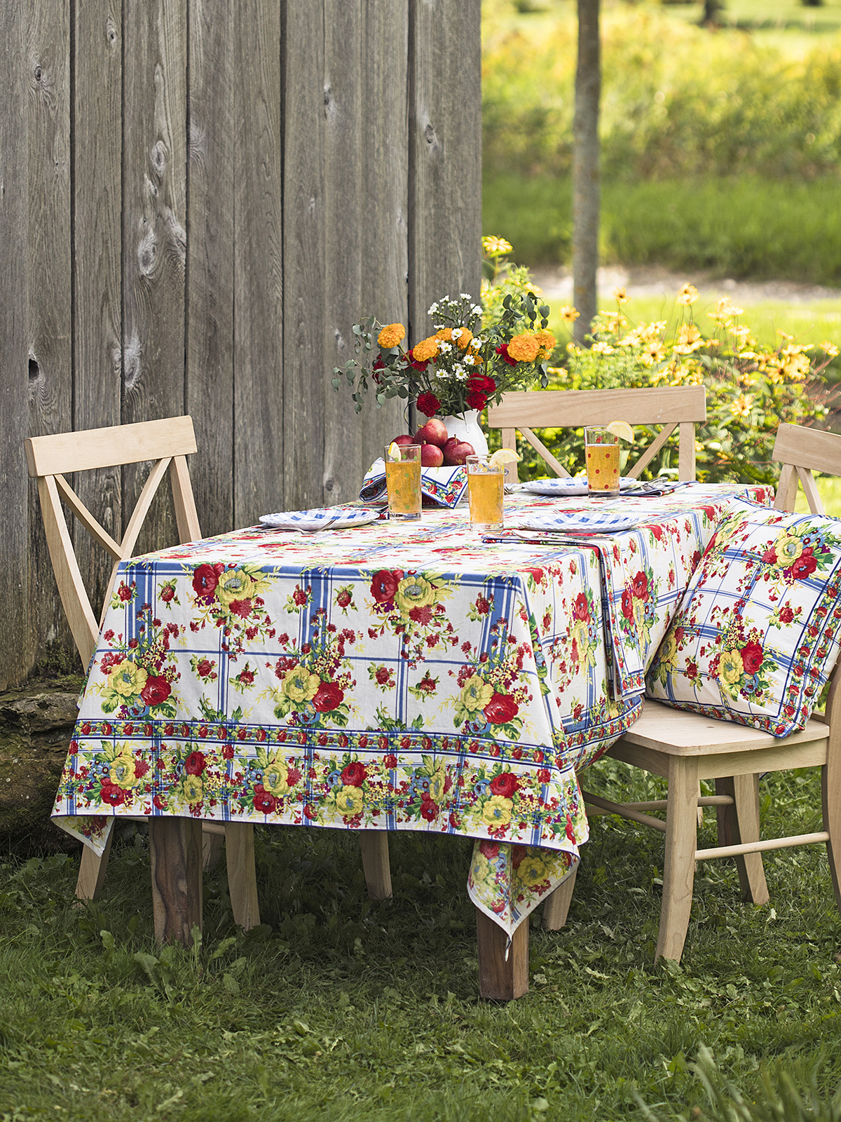 Cornwall Cottage Tablecloth