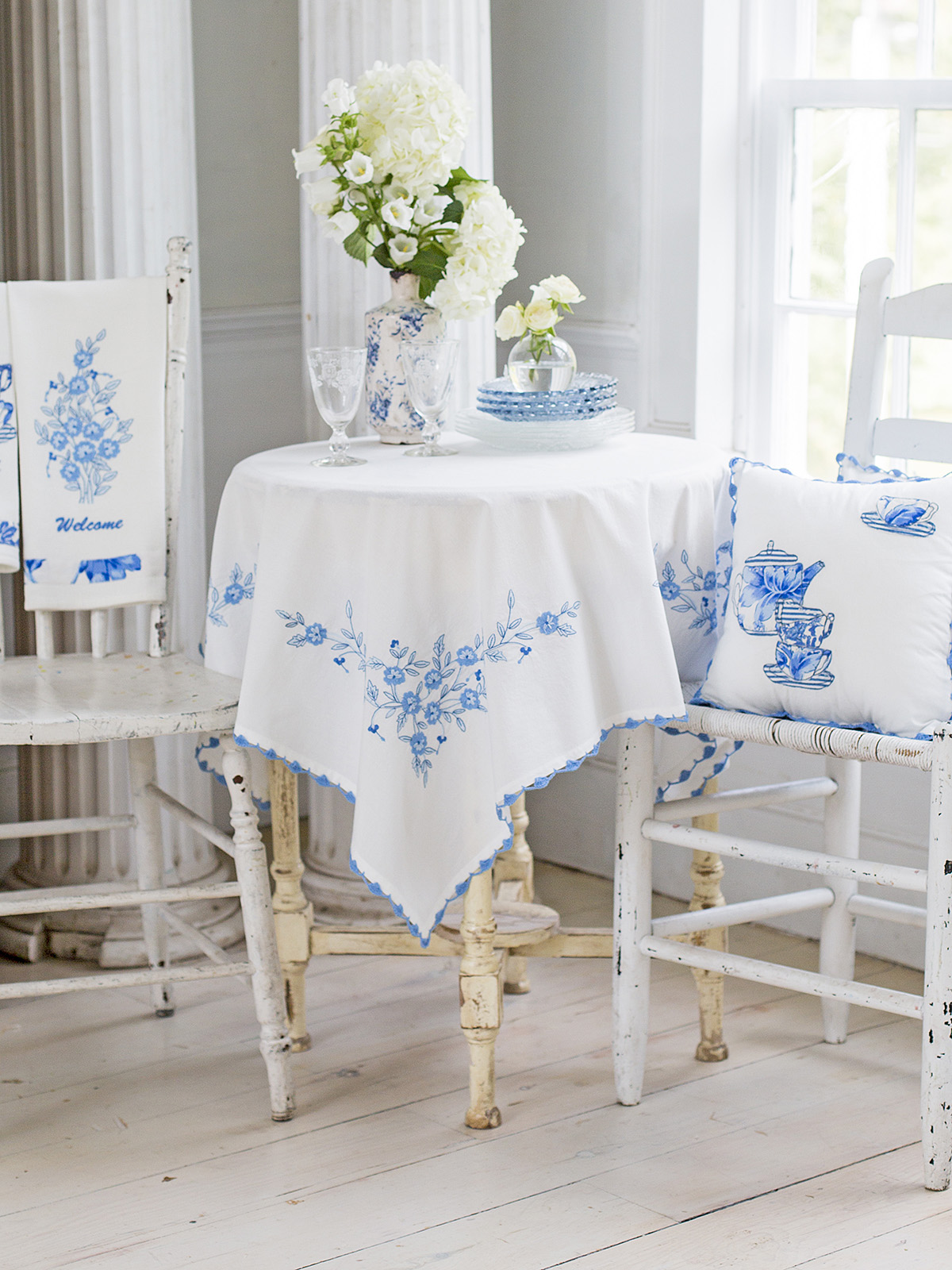 Provence Embroidery Tablecloth