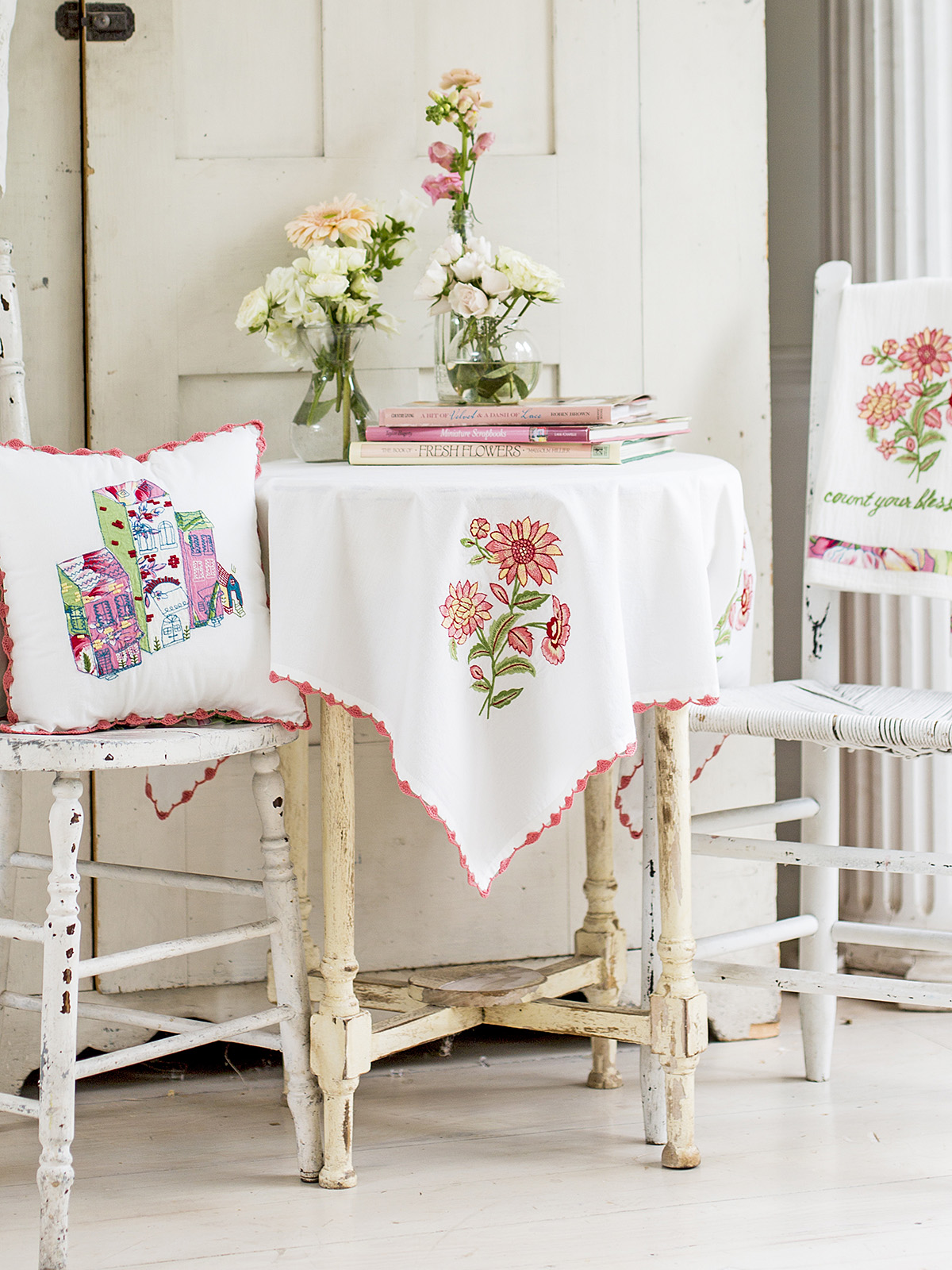 Spring Bouquet Embroidery Tablecloth