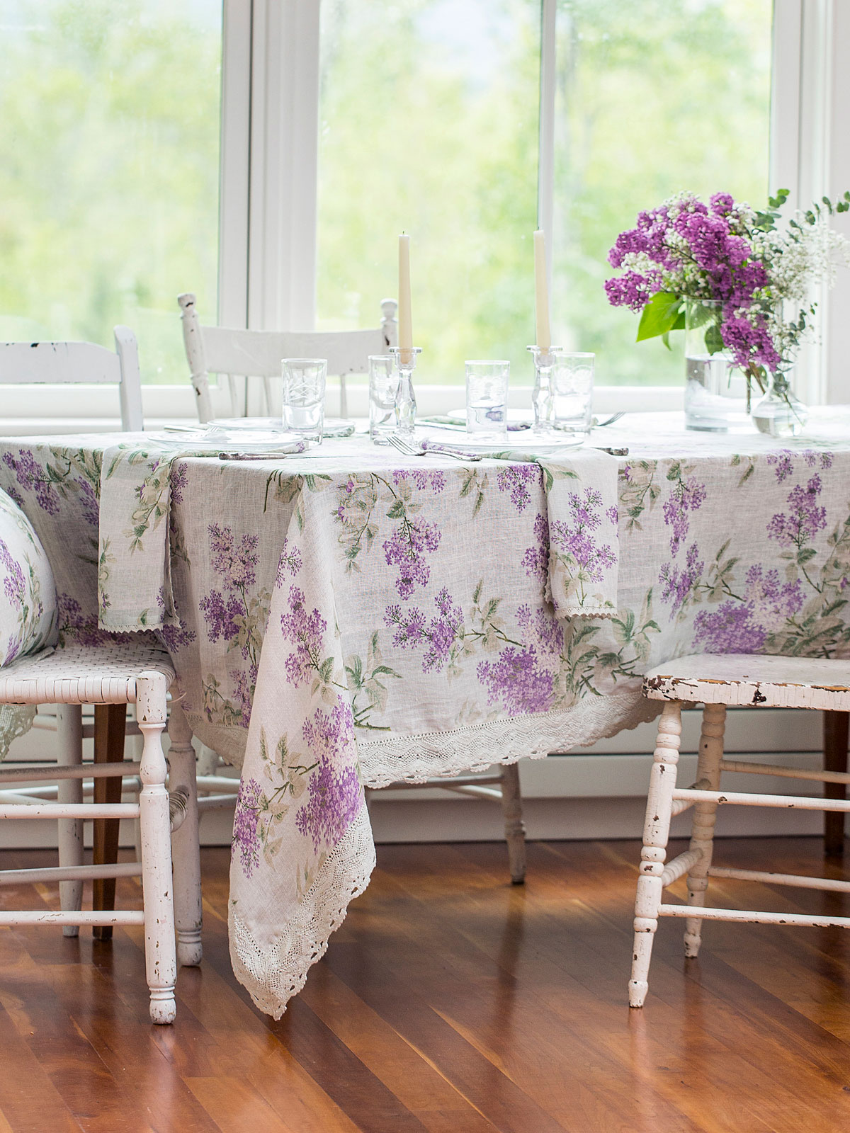 Lilah Linen Tablecloth