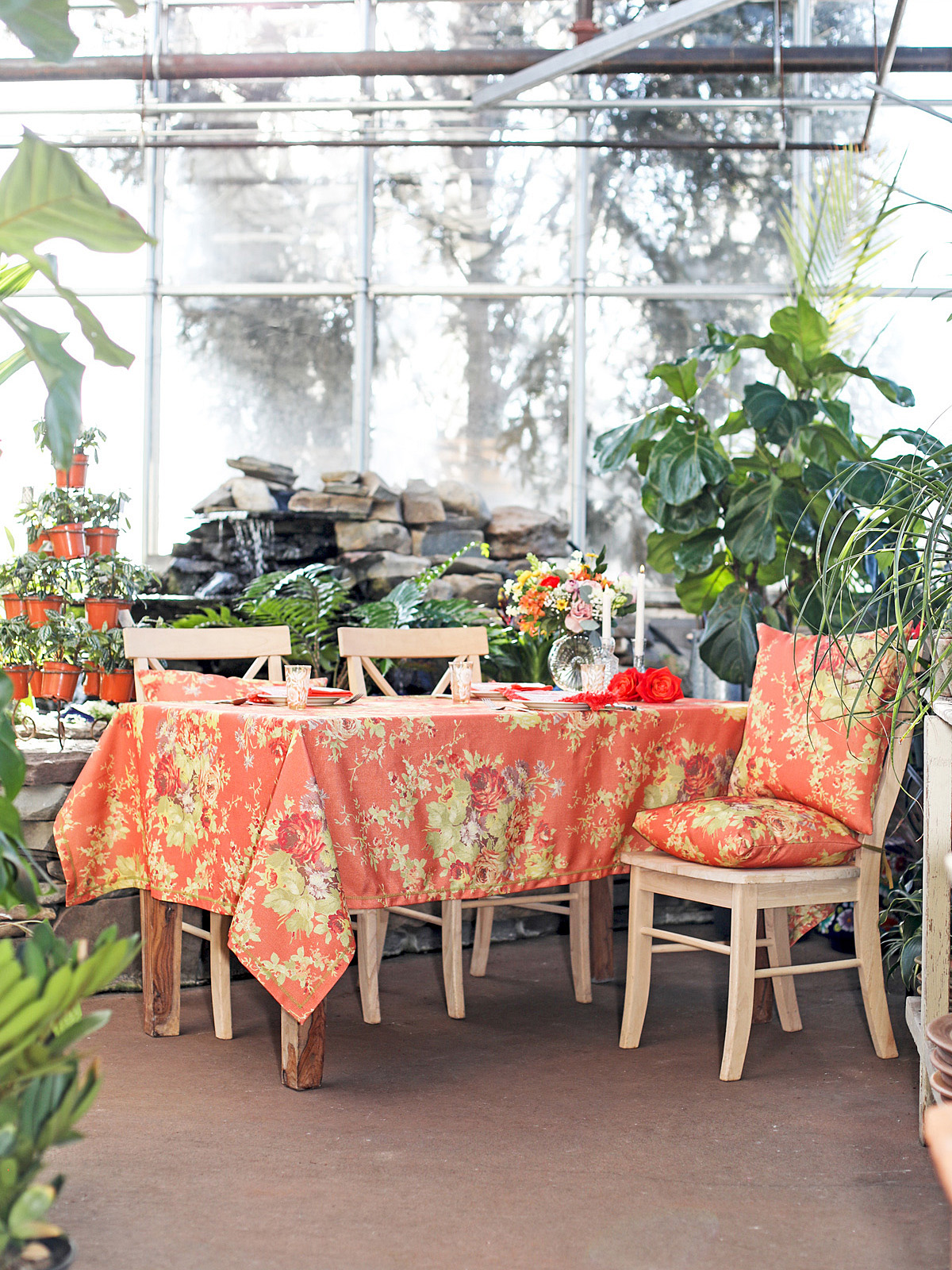 Cottage Rose Outdoor Tablecloth