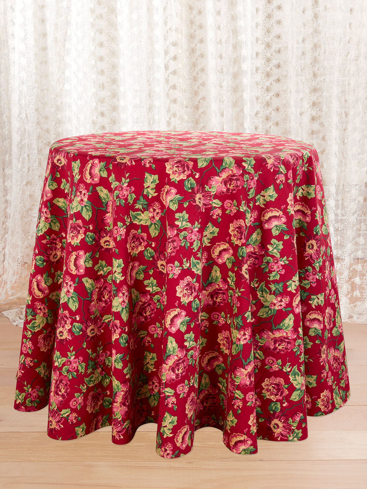 Russia Round Tablecloth