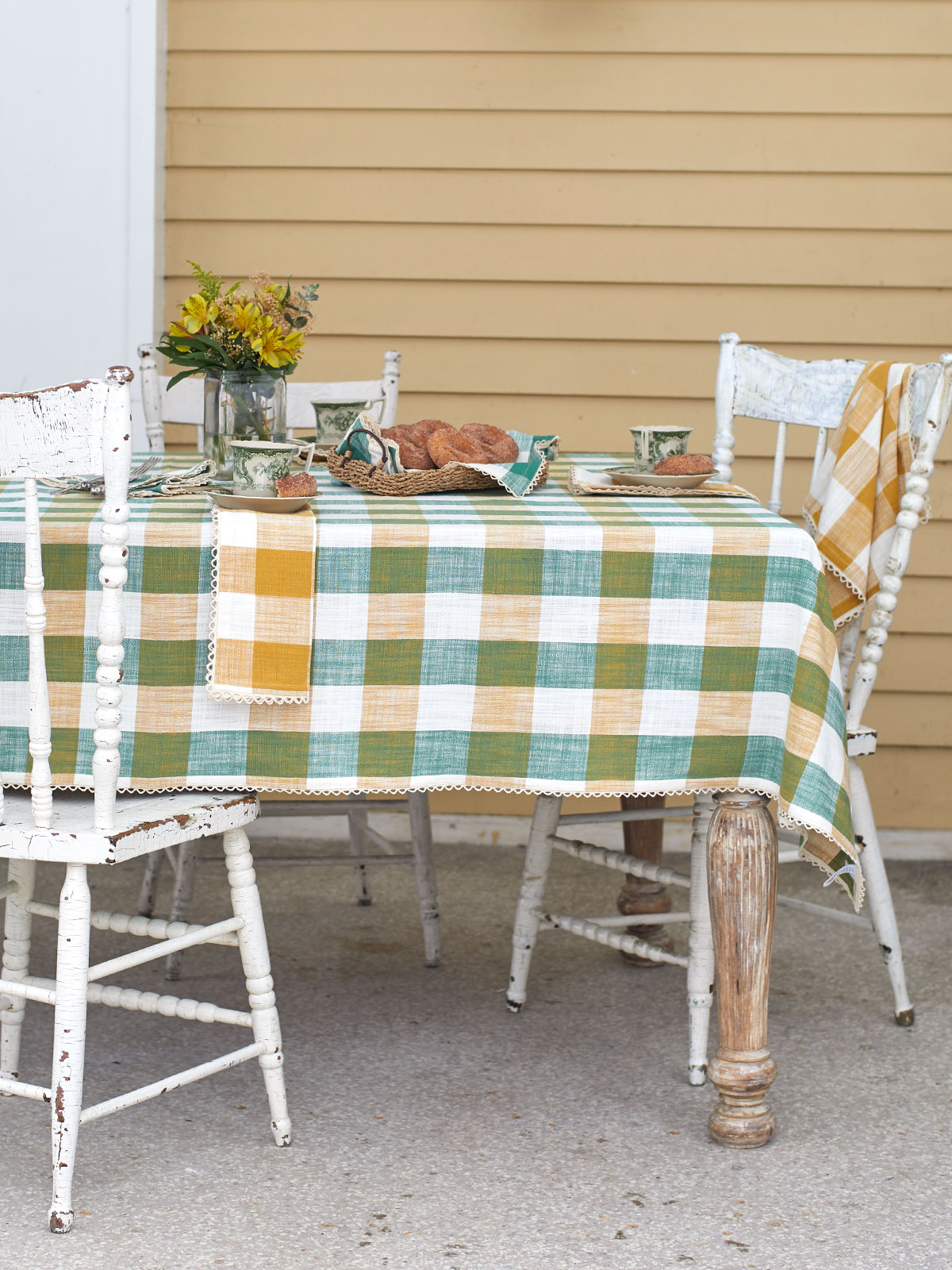 Cottage Check Tablecloth