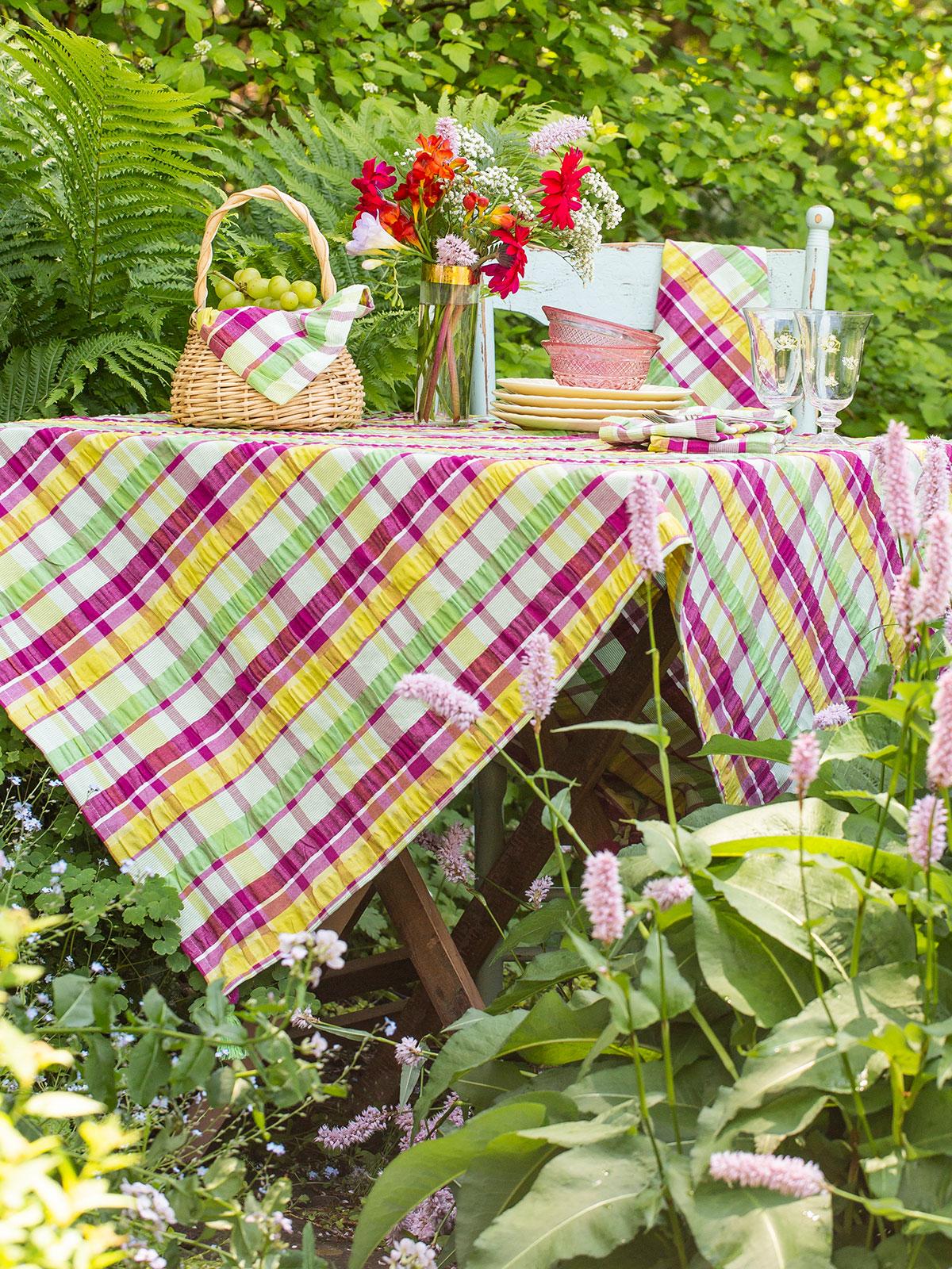 Garden Seersucker Tablecloth