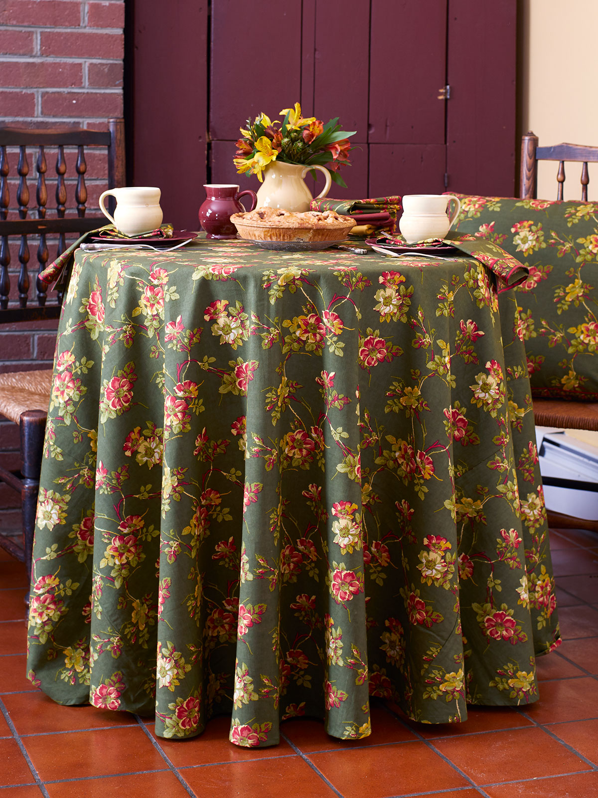 Wild Rose Round Tablecloth