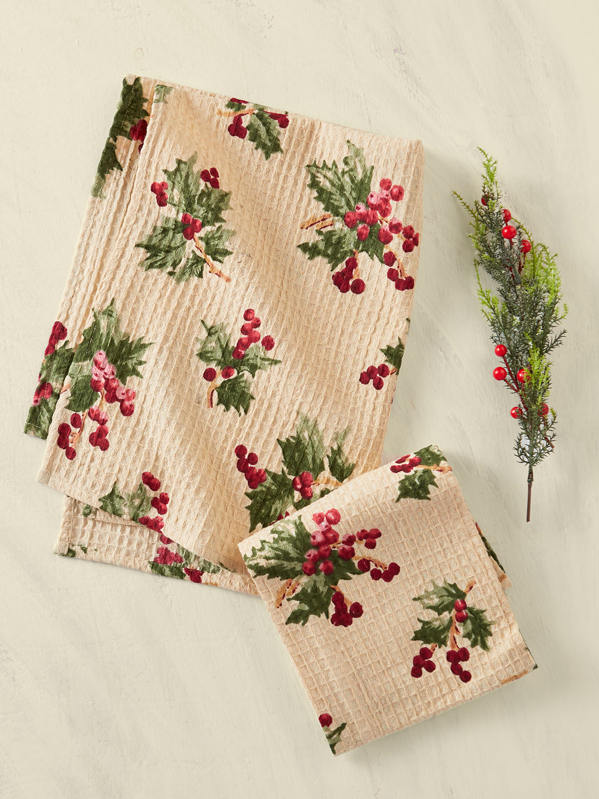 Holly Berry Tea Towel Set of 2