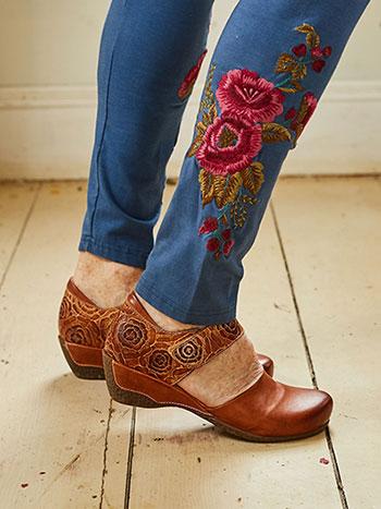 Gloss Shoe