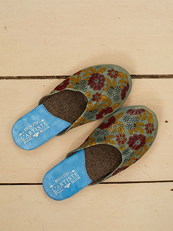 Traveler Slipper