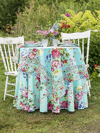 Cottage Rose Aqua Table Setting