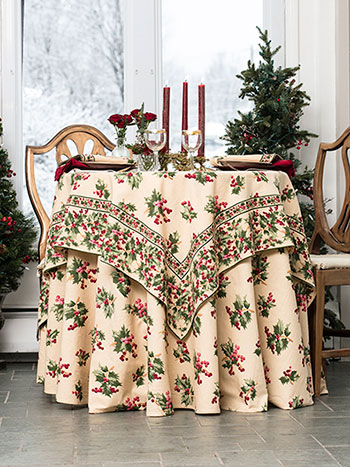 Holly Berry Table Bundle