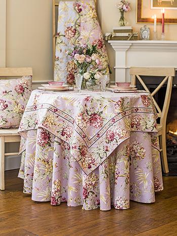 Hydrangea Dream Table Setting