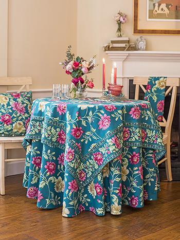 Rosehip Table Setting