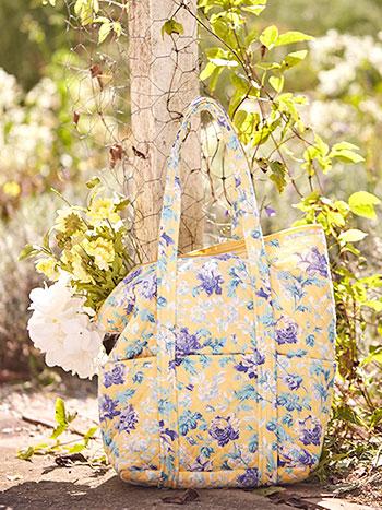 Greta's Garden Quilted Bag