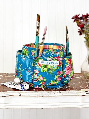 Cottage Rose Oil Cloth Art Caddy