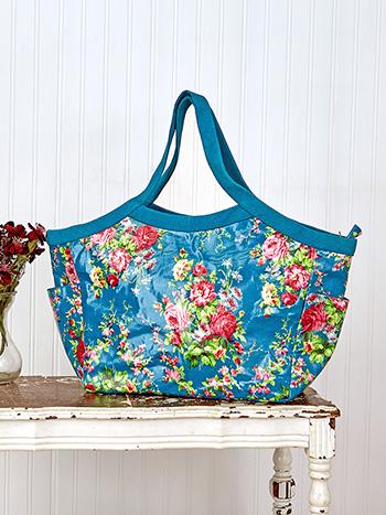 Cottage Rose Oil Cloth Boulevard Bag