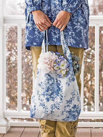 Cottage Rose Hideaway Bag