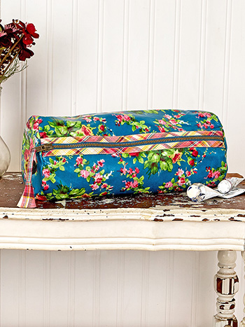 Cottage Rose Oil Cloth Large Drawing Case