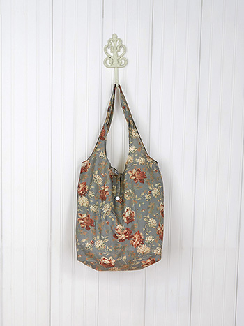 Greta's Garden Hideaway Bag