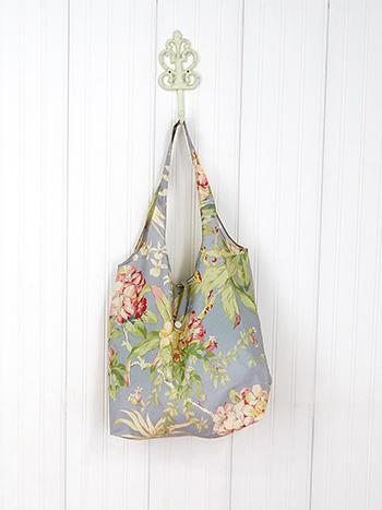 Hydrangea Dream Hideaway Bag