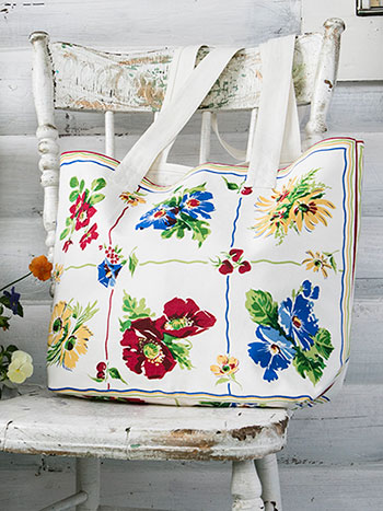 Poppy Patch Market Bag