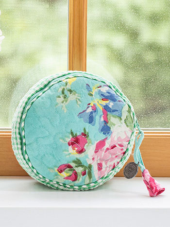 Printemps Patchwork Round Cosmetic Bag