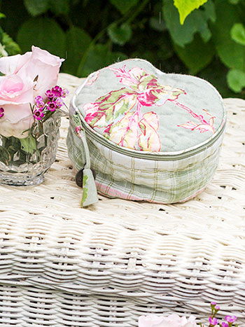 Victorian Patchwork Round Cosmetic Bag