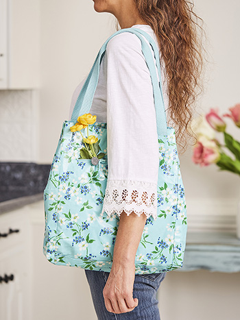 Spring Blossom Everyday Shopper