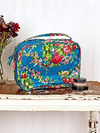 Cottage Rose Oil Cloth Cosmetic Travel Case
