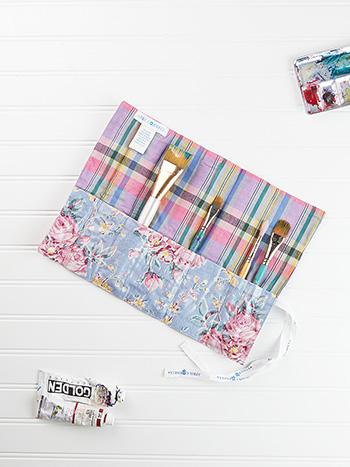 Viola Rose Paintbrush Wrap