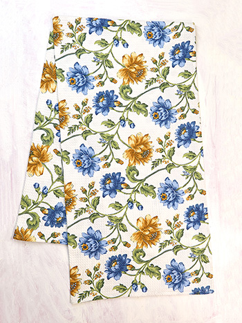 Rosehip Honeycomb Beach Towel