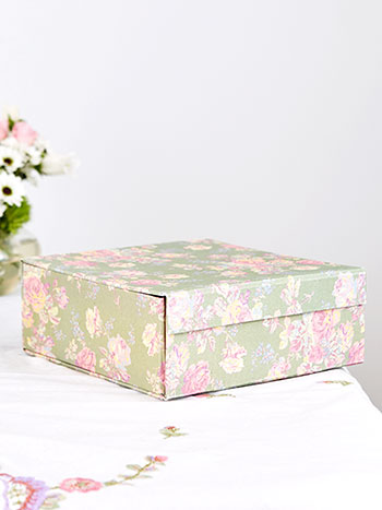 Victorian Rose Small Box