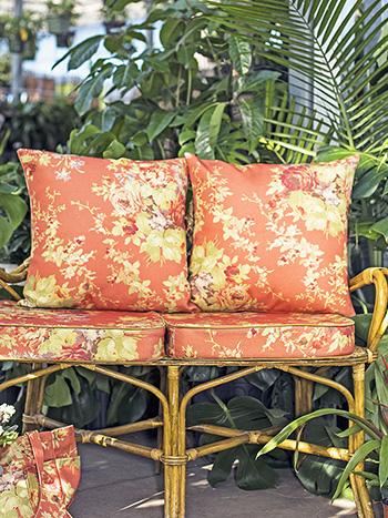 Cottage Rose Outdoor Cushion w/ Filler