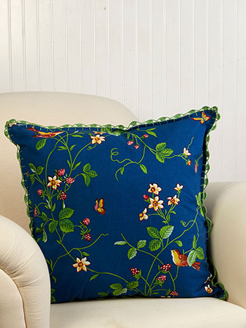 Strawberry Fields Crochet Cushion Cover